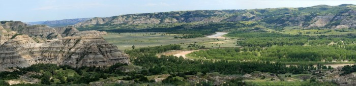 Little Missouri River, badlands